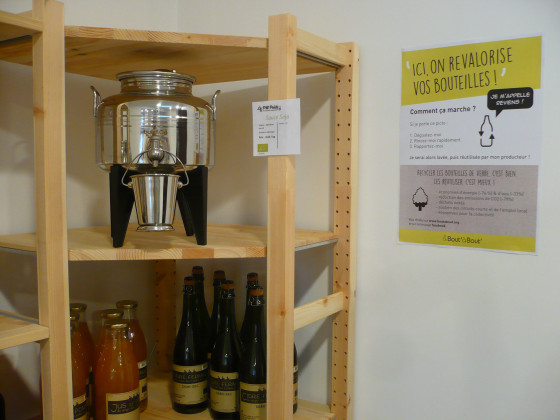 Photo de Le  P'tit Poids, membre de Bout à Bout, réseau de réemploi des bouteilles en verre en Pays de la Loire