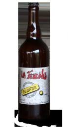 Une bouteille de la gamme de Brasserie de la Motte