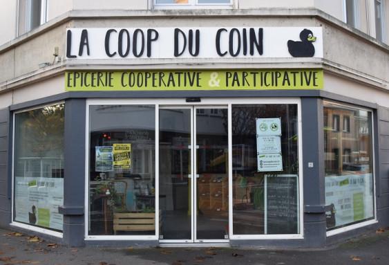 Photo de La Coop du Coin, membre de Bout à Bout, réseau de réemploi des bouteilles en verre en Pays de la Loire