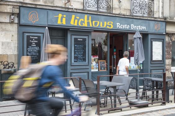 Photo de Ti Lichous, membre de Bout à Bout, réseau de réemploi des bouteilles en verre en Pays de la Loire