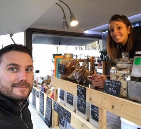 Photo de Mon Bio Camion, membre de Bout à Bout, réseau de réemploi des bouteilles en verre en Pays de la Loire
