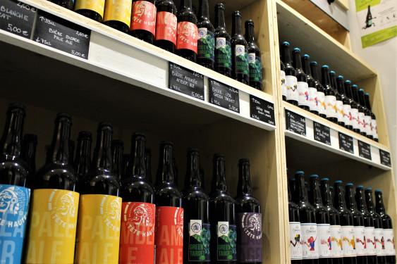 Photo de Colégram, membre de Bout à Bout, réseau de réemploi des bouteilles en verre en Pays de la Loire