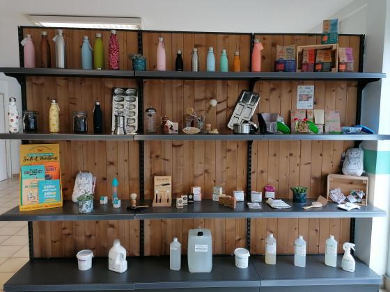 Photo de La Fabrik' à Vrac, membre de Bout à Bout, réseau de réemploi des bouteilles en verre en Pays de la Loire