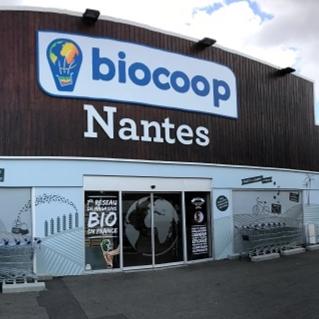 Photo de Biocoop Nantes Nord, membre de Bout à Bout, réseau de réemploi des bouteilles en verre en Pays de la Loire