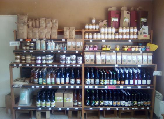 Photo de Au Fil Des Saisons, membre de Bout à Bout, réseau de réemploi des bouteilles en verre en Pays de la Loire