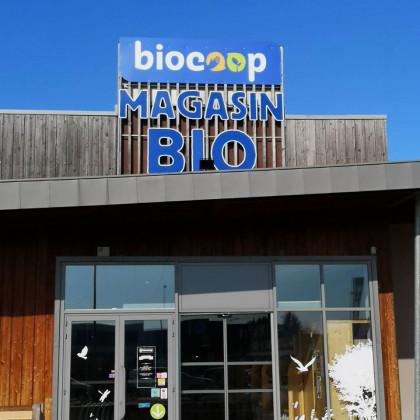 Photo de Biocoop Les Herbiers, membre de Bout à Bout, réseau de réemploi des bouteilles en verre en Pays de la Loire
