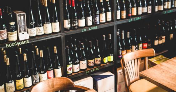 Photo de Rouge Bouteille, membre de Bout à Bout, réseau de réemploi des bouteilles en verre en Pays de la Loire