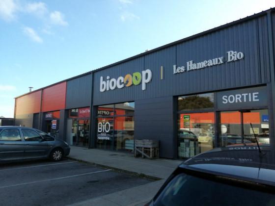 Photo de Biocoop les Hameaux Bio Guérande, membre de Bout à Bout, réseau de réemploi des bouteilles en verre en Pays de la Loire