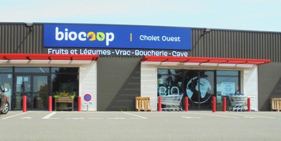 Photo de Biocoop Cholet Ouest, membre de Bout à Bout, réseau de réemploi des bouteilles en verre en Pays de la Loire