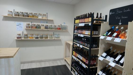 Photo de Epicerie BLV - Bio Local Vrac, membre de Bout à Bout, réseau de réemploi des bouteilles en verre en Pays de la Loire